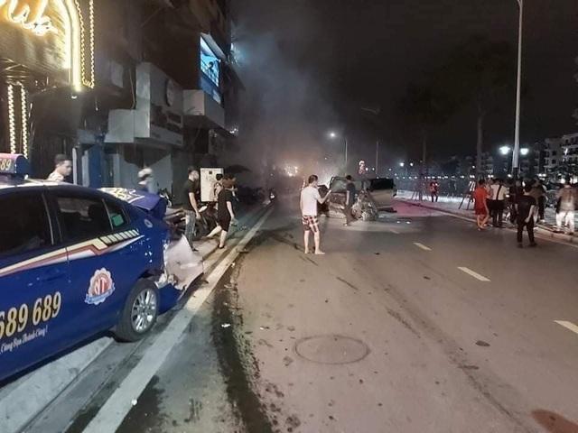 4 ô tô tông nhau trên phố đi bộ tại Hải Phòng, nữ công an tử vong - 1