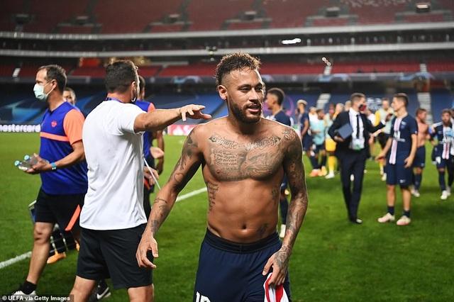 Neymar chói sáng trong chiến thắng của PSG trước Leipzig - 14