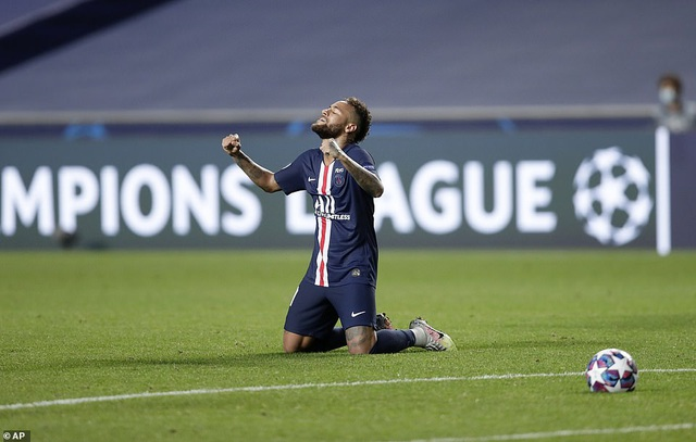 Neymar chói sáng trong chiến thắng của PSG trước Leipzig - 11