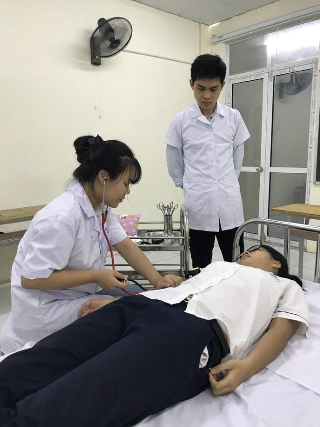 Điểm sáng về đào tạo và cung ứng nguồn nhân lực chất lượng cao cho ngành y dược trong và ngoài nước - 2
