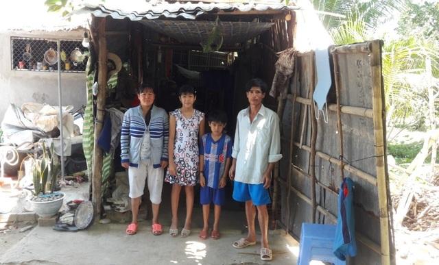 Thương cảnh gia đình bệnh tật sống trong căn nhà như chòi chăn vịt - 2