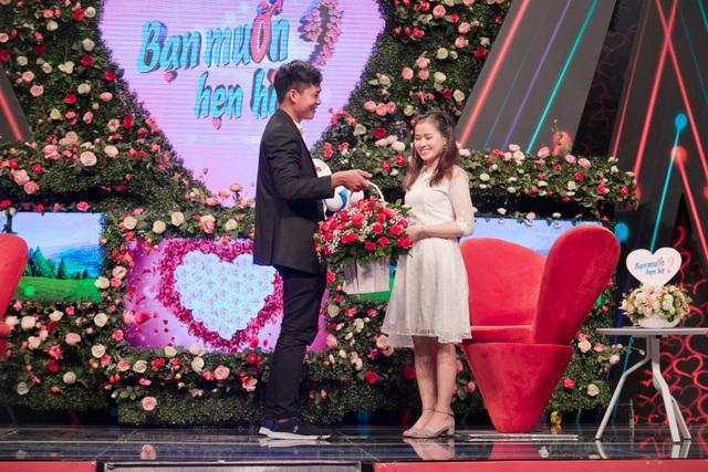 Cặp đôi kết hôn sau 10 tháng được mai mối trên show truyền hình - 1