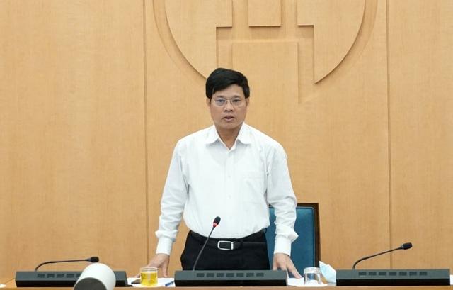 Phó Chủ tịch Hà Nội: Các quán bia hơi, nhà hàng giãn cách chưa tốt - 1