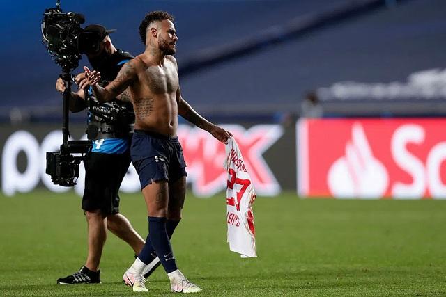 Neymar đã có thể thoát khỏi cái bóng của Messi và C.Ronaldo? - 3