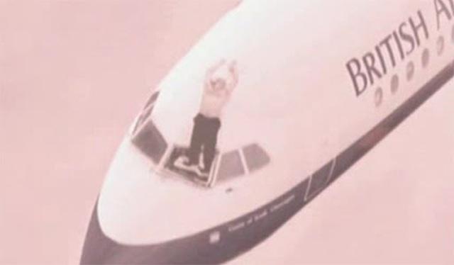 Phút giành giật sự sống hiếm có của cơ trưởng bị hút khỏi máy bay 30 năm trước - 2