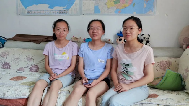 Trung Quốc: Chị em sinh ba trúng tuyển cùng trường đại học - 1