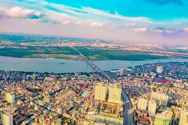"""Đường Vành đai 2 chuẩn bị thông xe, cư dân Long Biên """"một bước sang phố"""" - 1"""