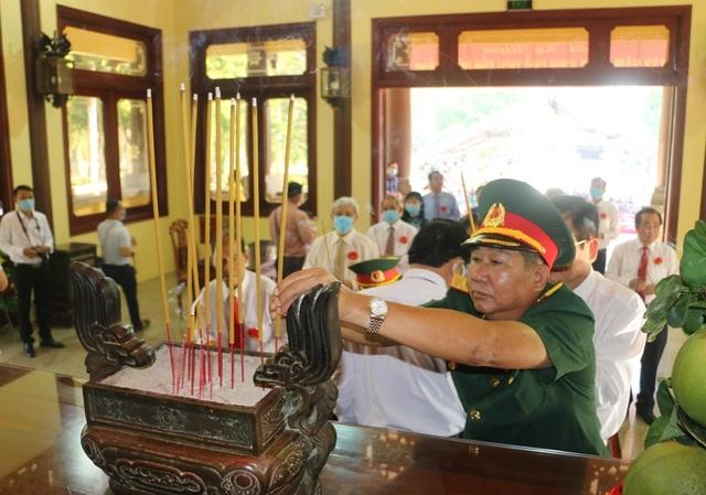 An Giang kỷ niệm 132 năm Ngày sinh Chủ tịch Tôn Đức Thắng - 2