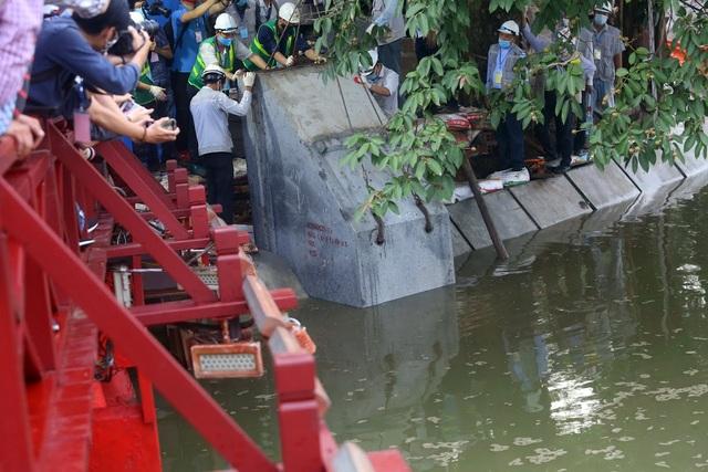 Gần 1.500 khối bê tông tạo vòng khép kín quanh hồ Hoàn Kiếm - 3