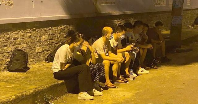 Bắt 116 người nhập cảnh trái phép trong 1 tháng trấn áp tội phạm - 1