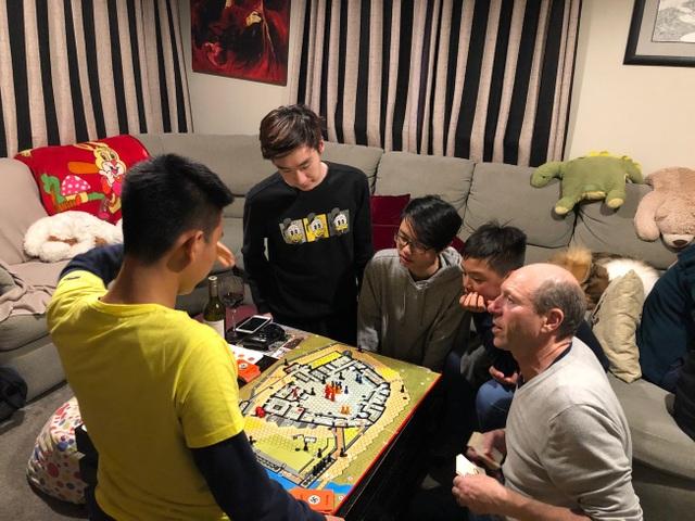 Chuyện sống với chủ nhà của học sinh Việt tại xứ sở kiwi - 2