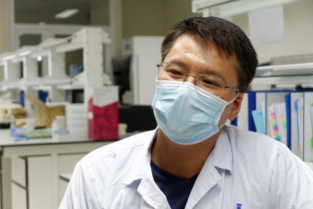 Một ngày tại công xưởng truy tìm virus SARS-CoV-2 - 1