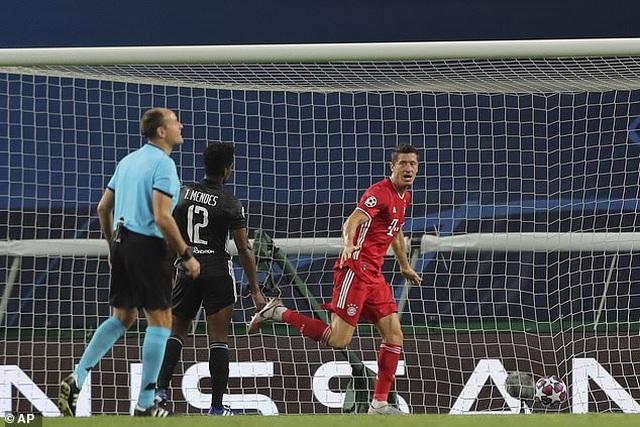 Dấu ấn ngôi sao và may mắn giúp Bayern Munich hạ Lyon - 8