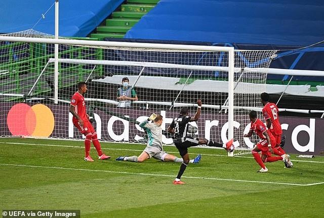 Dấu ấn ngôi sao và may mắn giúp Bayern Munich hạ Lyon - 4