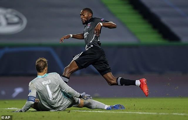 Dấu ấn ngôi sao và may mắn giúp Bayern Munich hạ Lyon - 5