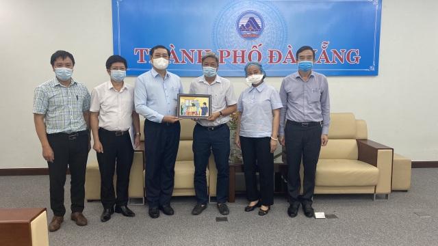 Thứ trưởng Nguyễn Trường Sơn rời Đà Nẵng sau 3 tuần ở tâm dịch Covid-19 - 2