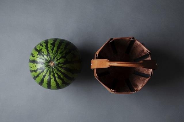 Túi xách sang trọng được thiết kế chuyên để... đựng dưa hấu - 4
