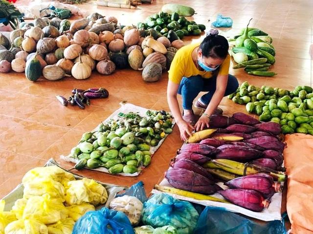 Gần 10 tấn rau củ quả của đồng bào miền núi ủng hộ dân Đà Nẵng chống dịch - 1