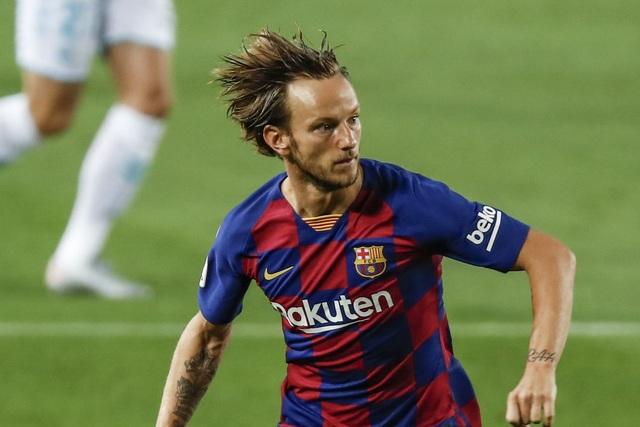 """5 ngôi sao Barcelona có nguy cơ cao bị """"trảm"""" thời HLV Koeman - 4"""