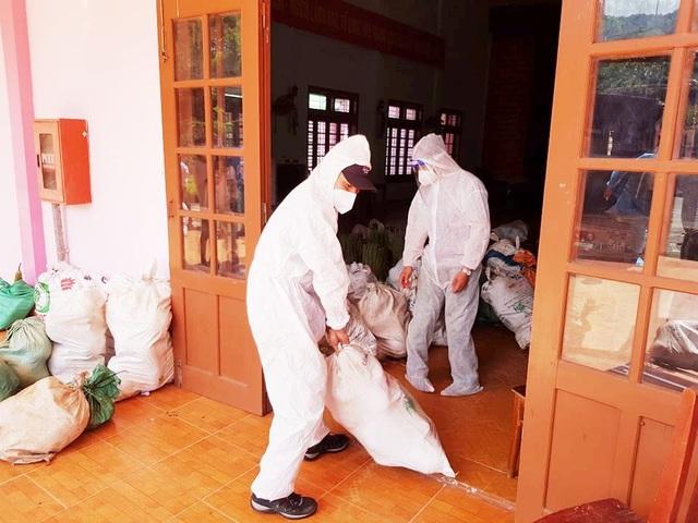 Gần 10 tấn rau củ quả của đồng bào miền núi ủng hộ dân Đà Nẵng chống dịch - 2