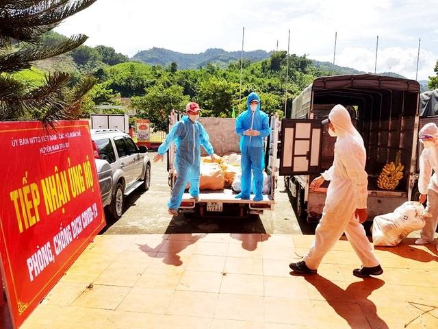 Gần 10 tấn rau củ quả của đồng bào miền núi ủng hộ dân Đà Nẵng chống dịch - 3