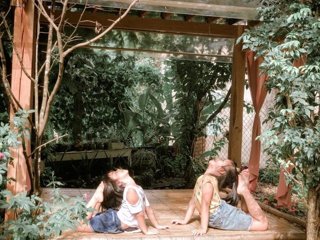 Cuộc sống bình yên trong căn nhà hoa giấy đậm chất thơ ở Huế - 3