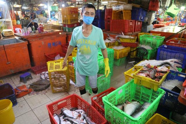 Thầy giáo chuyển nghề mua được nhà sau 11 năm thức đêm làm ...thợ mổ cá - 3