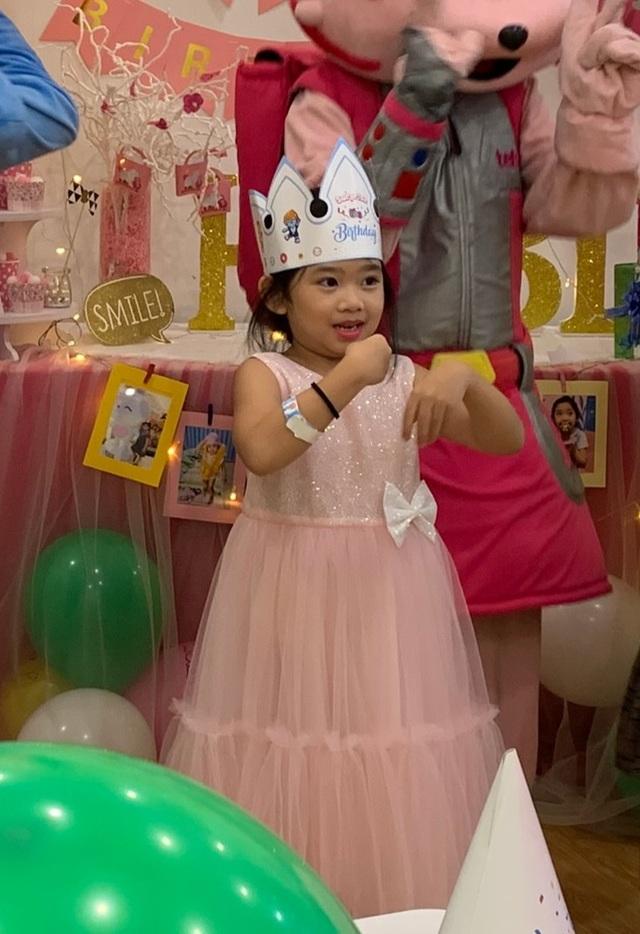 Món quà bất ngờ trong sinh nhật của con gái cố diễn viên Mai Phương  - 9