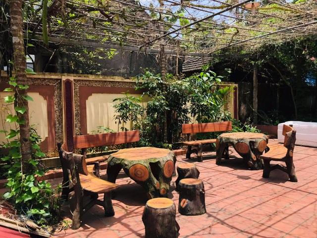 Nhà gỗ trăm tuổi giữa sân vườn xanh mát đẹp hiếm có ở ngoại thành Hà Nội - 10