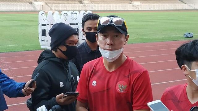 Hết việc ở đội tuyển, HLV Shin Tae-yong dẫn dắt U19 Indonesia - 1