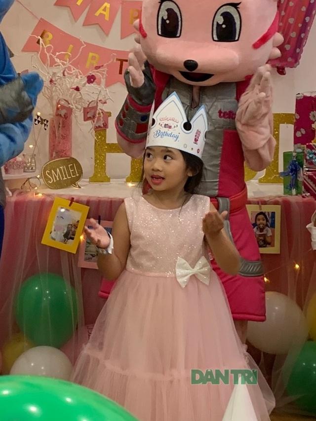 Món quà bất ngờ trong sinh nhật của con gái cố diễn viên Mai Phương  - 10
