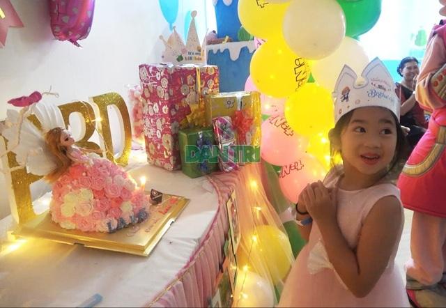 Món quà bất ngờ trong sinh nhật của con gái cố diễn viên Mai Phương  - 2