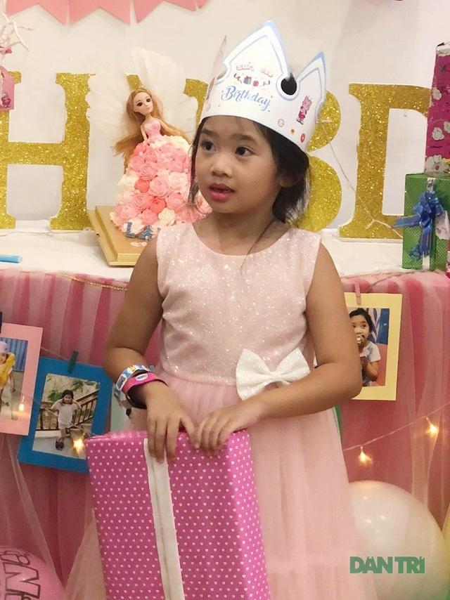 Món quà bất ngờ trong sinh nhật của con gái cố diễn viên Mai Phương  - 6