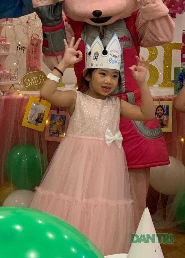 Món quà bất ngờ trong sinh nhật của con gái cố diễn viên Mai Phương  - 7
