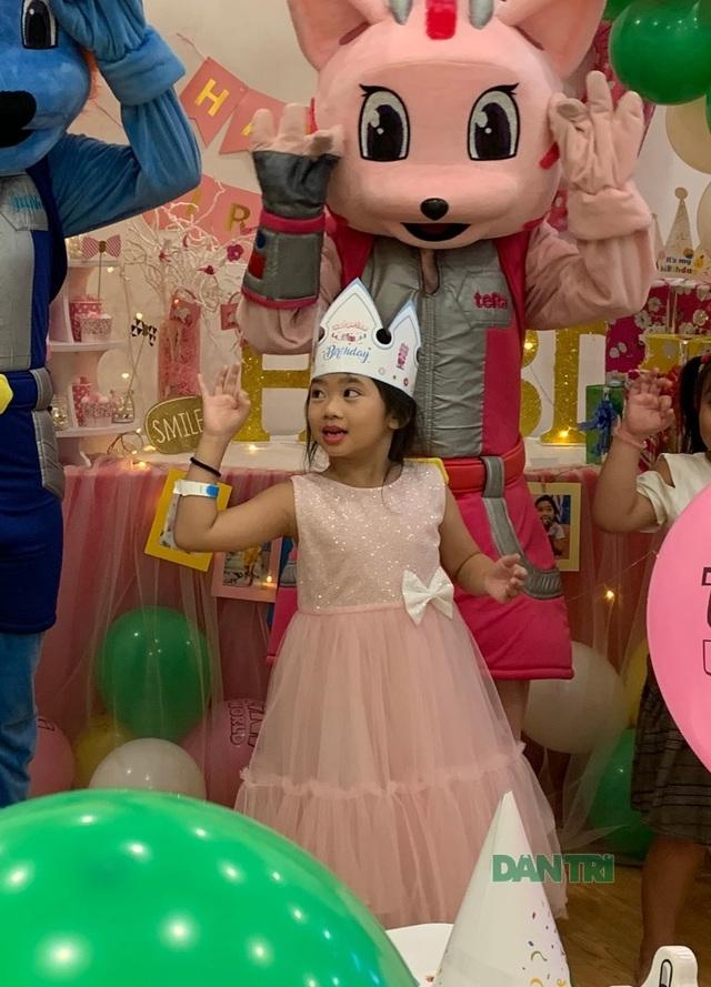 Món quà bất ngờ trong sinh nhật của con gái cố diễn viên Mai Phương  - 8