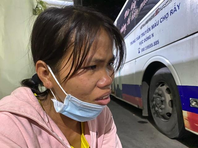 Vụ ôm rắn hổ mang chúa đi cấp cứu: Sức khỏe nạn nhân diễn biến phức tạp - 2