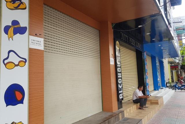 Mặt bằng kinh doanh đất vàng ở Nha Trang ế ẩm vì dịch Covid-19 - 2