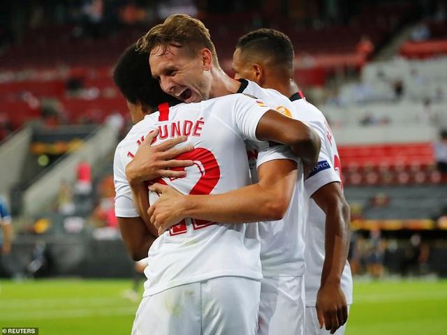 Những khoảnh khắc nghẹt thở trong chiến thắng của Sevilla trước Inter Milan - 11