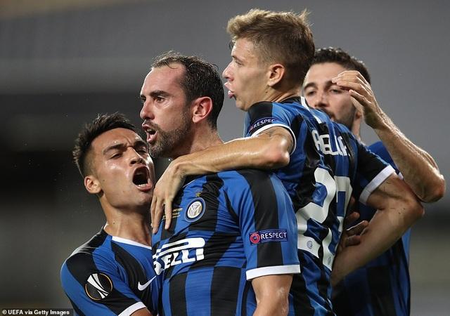 Những khoảnh khắc nghẹt thở trong chiến thắng của Sevilla trước Inter Milan - 13