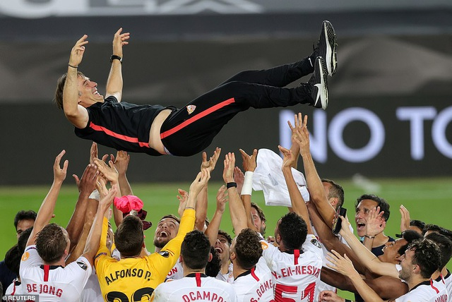 Những khoảnh khắc nghẹt thở trong chiến thắng của Sevilla trước Inter Milan - 24