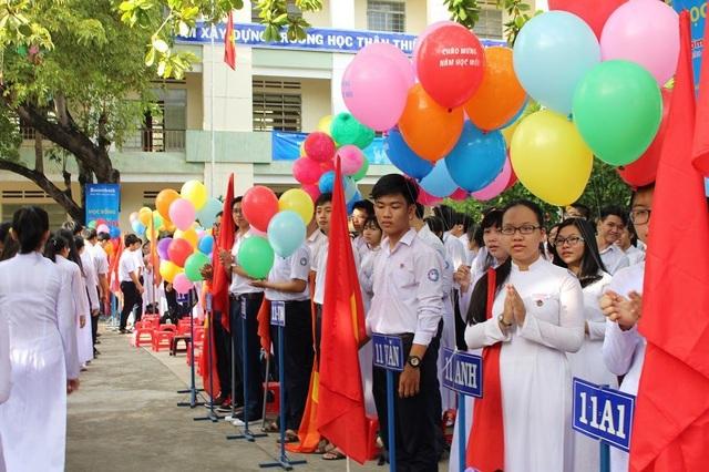 Khánh Hòa nghiêm cấm dịch vụ may, bán quần áo học sinh đầu năm học - 1