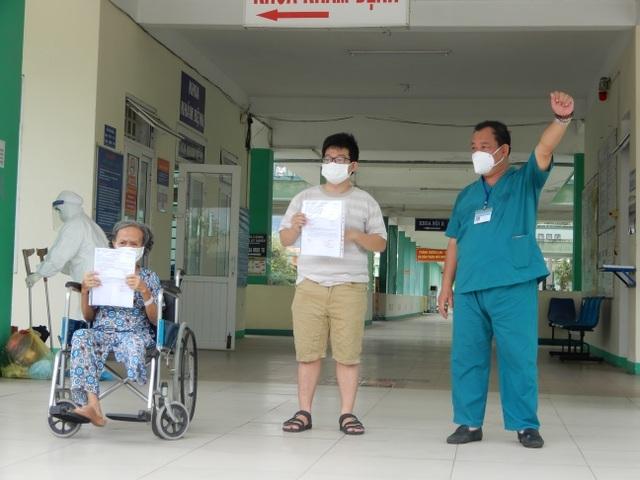 3 tuần làm sạch bệnh viện, khống chế Covid-19 tại tâm dịch Đà Nẵng - 8