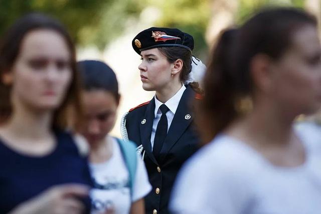 Vẻ đẹp của những nữ phi công quân sự tương lai Nga - 5