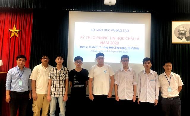 6/6 học sinh Việt Nam giành huy chương Olympic Tin học Châu Á - 1