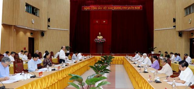 3 nhóm công tác của Bộ Chính trị xem xét nhân sự Đại hội của 11 tỉnh - 1
