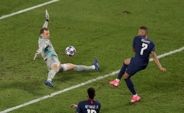 Neymar khóc khi chứng kiến PSG gục ngã trước Bayern Munich - 6