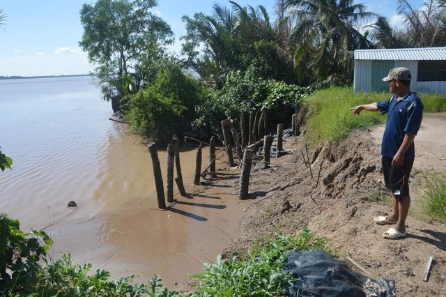 Người dân hoang mang tố thủ phạm gây sạt lở nghiêm trọng hai bờ sông Hậu - 5