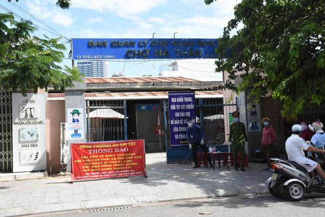 Người phụ nữ mắc Covid-19 ở Đà Nẵng dù sốt vẫn đến chợ mua hàng - 1
