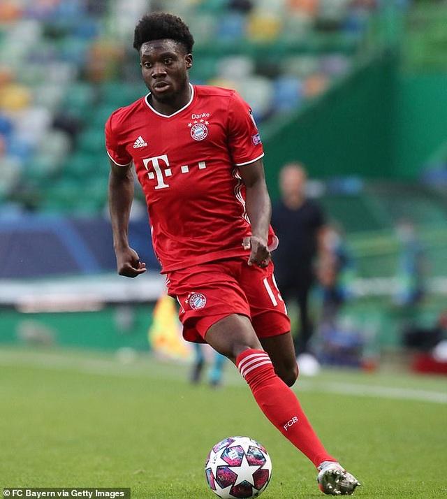 Huyền thoại Man Utd khen hậu vệ Bayern Munich chạy nhanh như Usain Bolt - 1