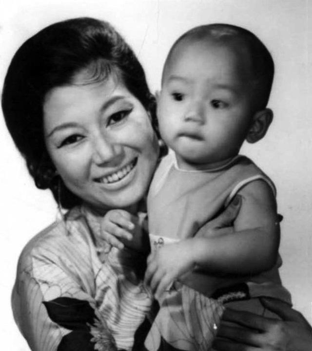 """NSND Kim Cương: """"Tôi từng trở nên điên dại khi con trai bị bắt cóc"""" - 1"""